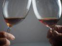 Tasting of sciachetrà, the famous raisin wine of the Cinque Terre (photo by Terra di Bargón)