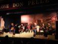 I Grandi & fanti sul palco del Teatro Don Pelle