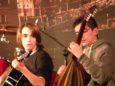 Tiziano, da Vernazza, alla chitarra e Luca al bouzouki